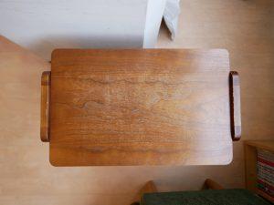 猫式さんのサイドテーブル